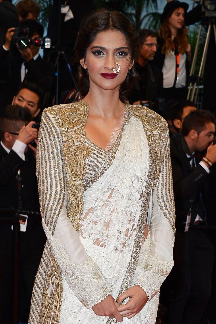 Sonam-Kapoor-Cannes-Film-Festival-2013