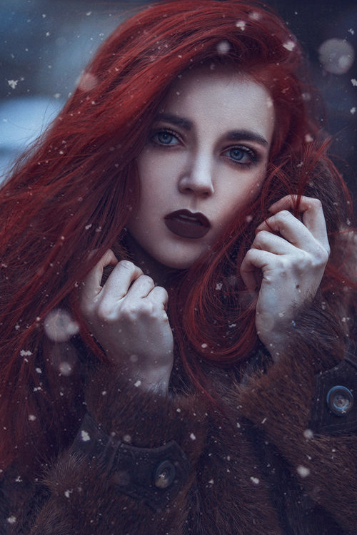 grace-almera-red-redhead-ginger-red-hair-winter-games-of-thrones-ygritte-fur-faux-fur-snow-denmark-makeup-grace-almera.jpg