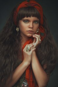 gypsygirl-gypsy-longhair-bigeyes-greeneyes-scandinaviangirl-scandinavianbeauty-gracealmera